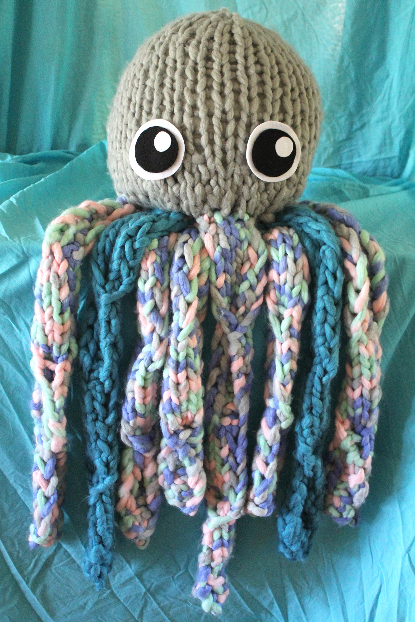 Octopus for Babies: guide for beginners and free knitting