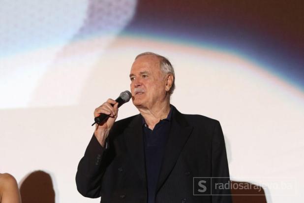 John_Cleese_SFF_nagrada_Metalac_RSA2.JPG - undefined