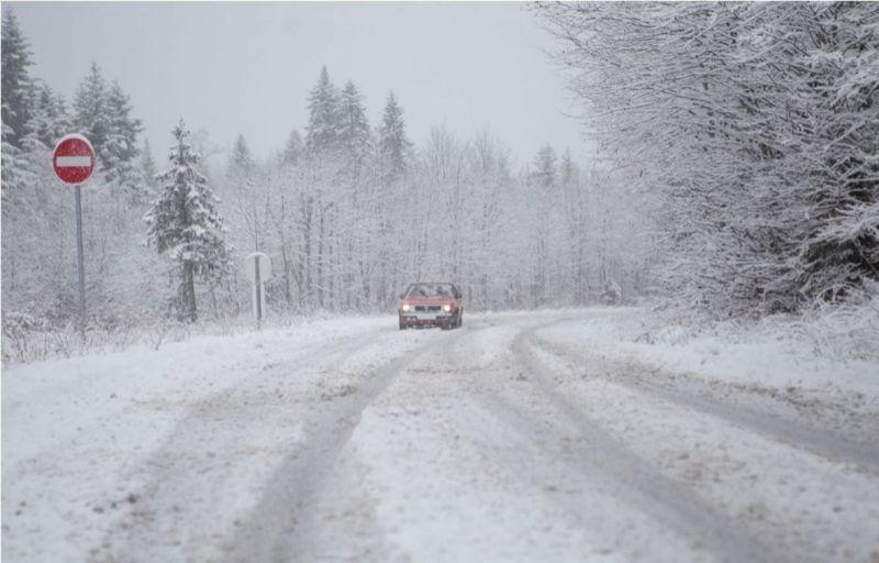 Snijeg_putevi_kolovoz_oprez_stanje_BiH_Anadolija3.jpg - undefined