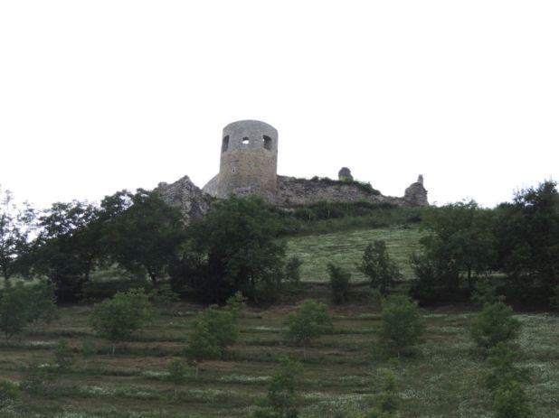 Stari grad Bužim se pod imenom Čava spominje 1334. godine - undefined