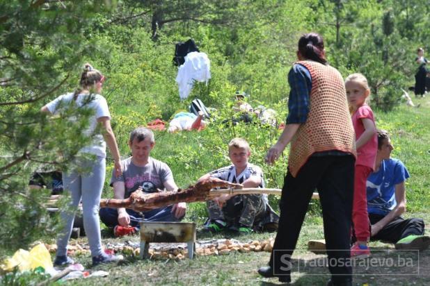 Foto: Dženan Kriještorac / Radiosarajevo.ba/Proslava Prvog maja na Trebeviću