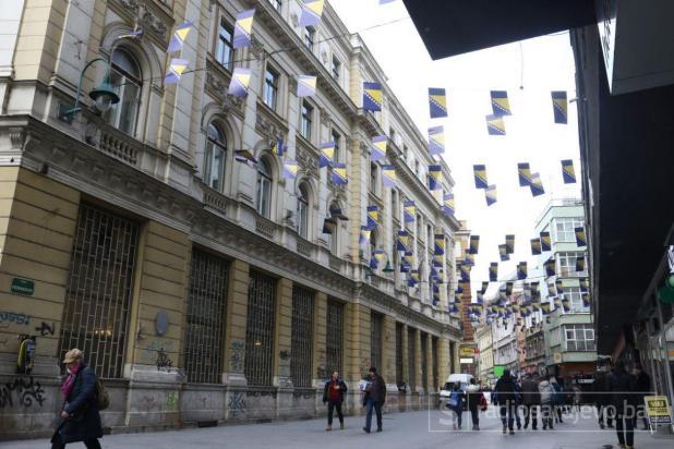 Foto: Dženan Kriještorac / Radiosarajevo.ba/Kamera našeg fotoreportera snimila je zanimljive kadrove u ulici Ferhadija