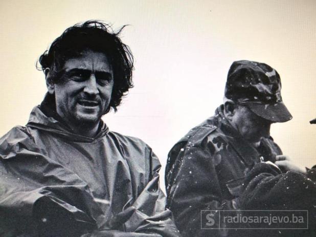 Foto: Fuad Fočo/Bernard-Henri Levy na prvoj liniji odbrane Sarajeva u decembru 1994. godine