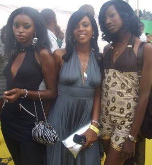 10 Similarities Between Nigerian Ladies And Nigerian Police