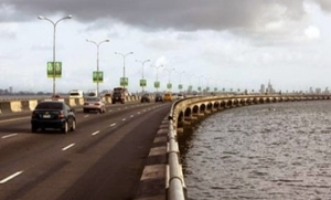 Accident on 3rd Mainland Bridge - one man burnt to death