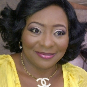 Actress Gloria Young Threatens To Drag Her Bank To Court Over N20k