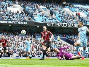 Aguero Hat-trick Relegates QPR, As Liverpool, Chelsea Share Spoils
