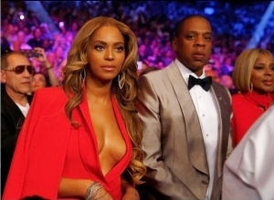 Beyonce Flaunts Her Oranges For Floyd Mayweather