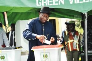Buhari beats Jonathan inside Aso Villa