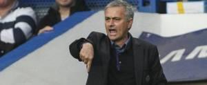 "Chelsea boss Mourinho refuses to deny branding Dowd ""too fat to ref"""