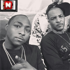 Davido And Us Rapper T.I Pose For A Selfie