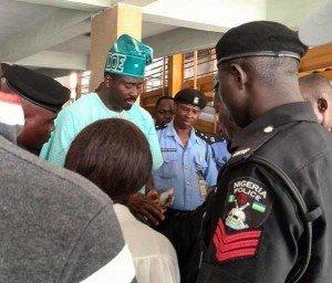 Desmond Elliot Shares Money To Win Election Votes In Lagos