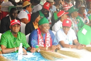 Fashola Accuses FG Of Diverting SURE-P Money To Fund Jonathan's Campaign
