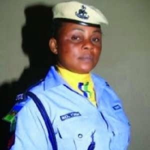 Gov Fashola Rewards Female Police Officer Who Disarmed Two Robbers (Photo)