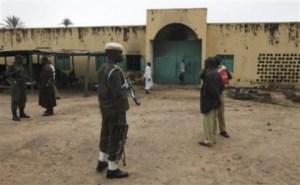 Heavily Armed Gunmen Attack Minna Medium Prison; Free 270 Inmates