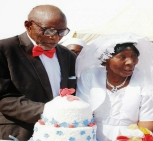Hehe!! 107-Year Old Man Weds 95-year Old Woman In Nigeria
