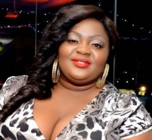 I'm Not 37 years old, Get Your Facts Right- Eniola Badmus Slam Critics