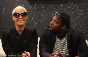 I Swear On My Child,No One Tries To Get With Me – Amber Rose Reveals Men Are Intimidated