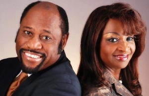 International Preacher Dr Myles Munroe And His Wife, Ruth Dead In Plane Crash