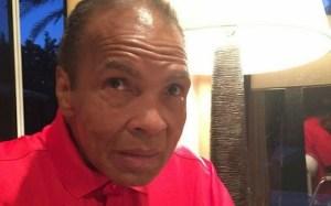 Legendary boxer, Muhammad Ali shares new photo of himself