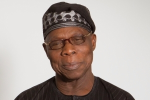 Lol This BABA SEF: See What Obasanjo Is Using For A Selfie Indoor...