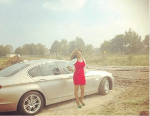 Maheeda Lays Foundation For Her New House In Holland