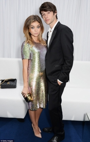 Modern Family star Sarah Hyland Granted Restraining Order Against Ex Boyfriend After He 'Choked Her'