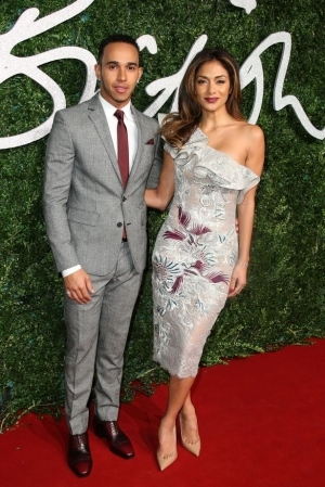 """Nicole Scherzinger Breaks Up With Lewis Hamilton """"After He Refuses to Marry Her"""""""