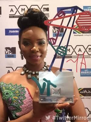 Nigerian Singer, Yemi Alade, Escapes Death In London