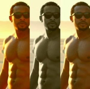 Nollywood Actor, Enyinna Nwigwe Shows Off His Hot Body