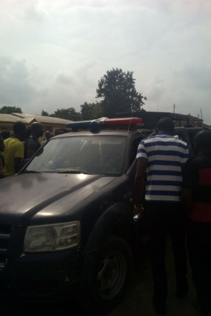 OAU Students Locked Down INEC Offices In Ife And Disrupts Training