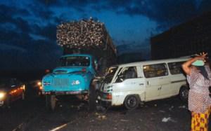 Ogun crash: OOU students storm mortuary, snatch corpses