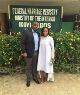 Omawumi Finally Weds Her Baby Daddy In Court