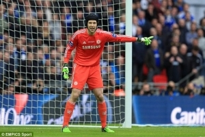 Petr Cech Leaves Stamford Bridge, Signs For Arsenal On £11million Deal