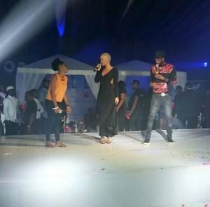 Photos: Do you know Amber Rose got into 'Shoki' groove in Lagos?