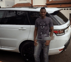 Photos : Super Eagles defender Kenneth Omeruo acquires 2014 Range Rover