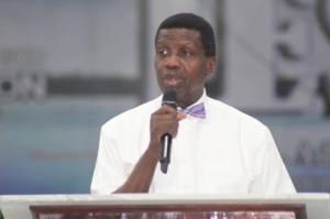 SHOCKER: Pastor Enoch Adeboye Tells His Members - No Voter's Card, No New Year Blessings..