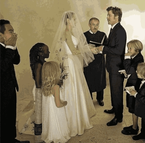 See Another Cute Pic from Angelina Jolie and Brad Pitt's wedding