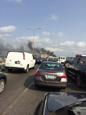 See Photo Of Burning Bus That Held 3rd Mainland Bridge On Stand Still Today