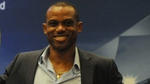 Sunday Oliseh To Emerge As Nigeria'sNew Coach