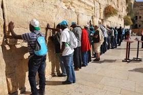 Team 70 Wise Men, 70 Men Of God Travels to Jerusalem to Pray for Nigeria