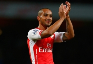 Wenger: England must be cautious with Walcott