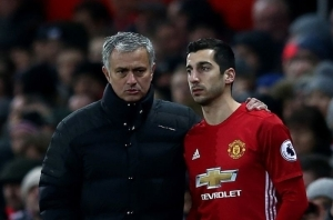 Roma star may force an exit over fears of broken relationship with Jose Mourinho after Man United exit