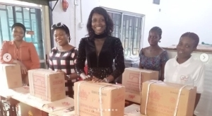 Actress, Toyin Abraham Empowers 5 Fans, Gives Them Brand New Sewing Machines