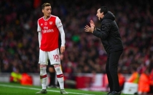 Former Arsenal star Mesut Ozil channels Unai Emery as he wishes them good luck against Villarreal