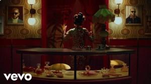 Selena Gomez & DJ Snake - Selfish Love (Video)