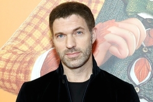 Uprising: Travis Knight to Direct Netflix's Vampire Action Thriller