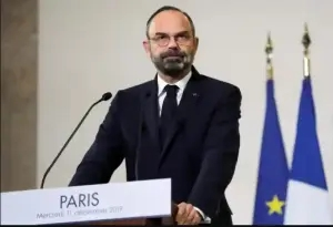 French prime minister Edouard Philippe and his government resign