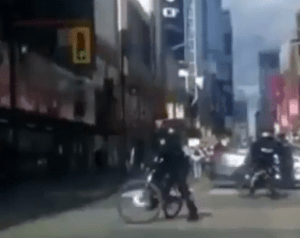 Canadian police seen protecting #EndSARS protesters (video)