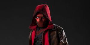 Titans Season 3 Images Reveal Red Hood Costume Design